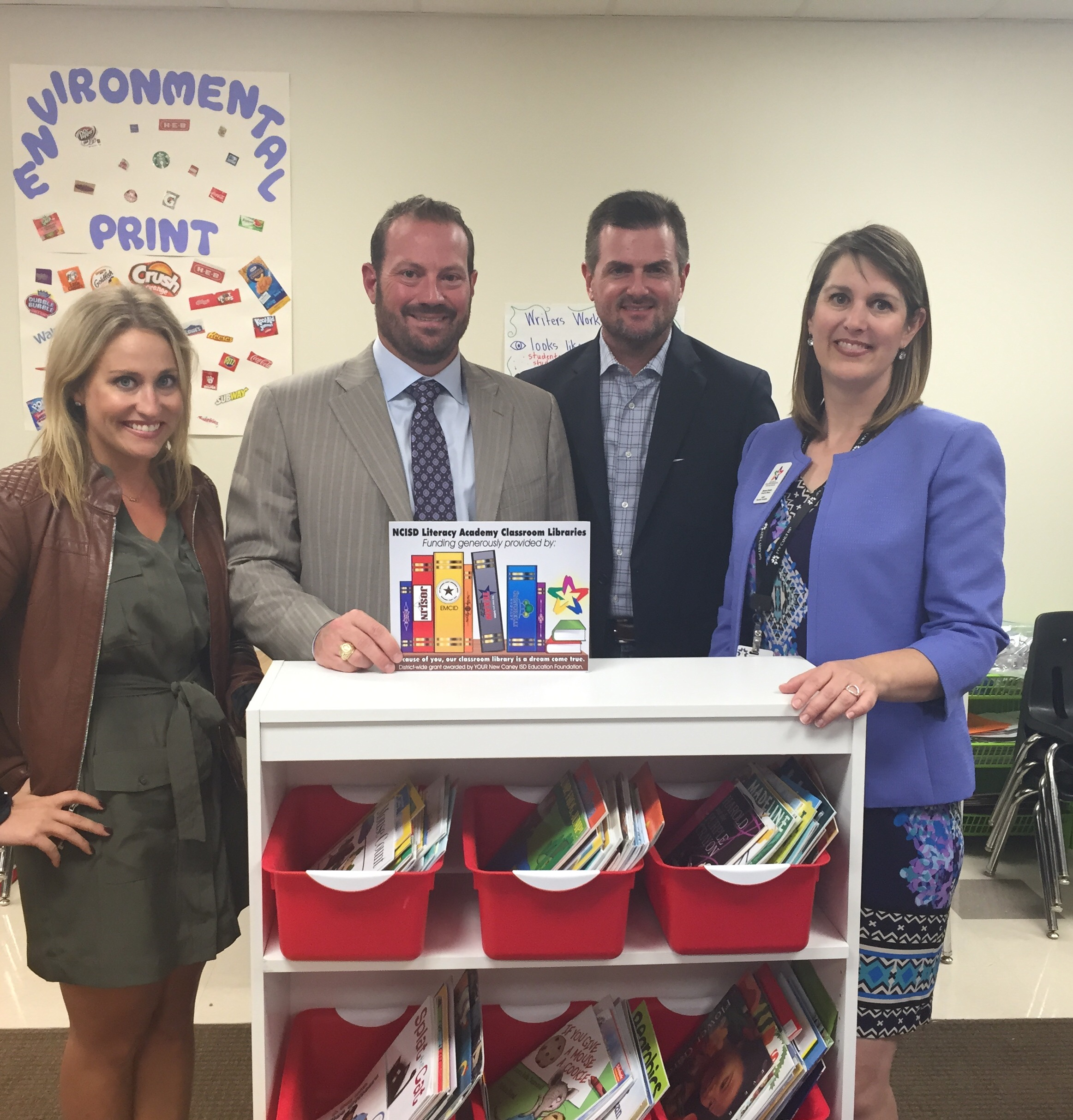 Signorelli Homes Donates to New Caney ISD Childrens Libraries